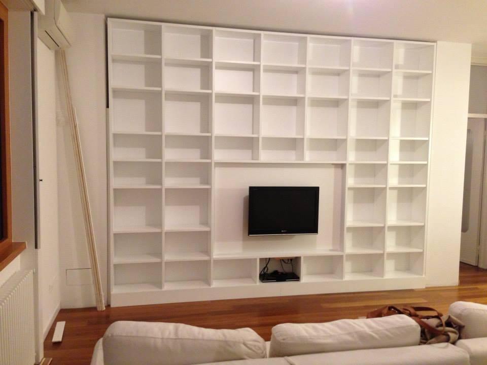 Libreria laccata bianco opaco wood design milano for Wood design milano