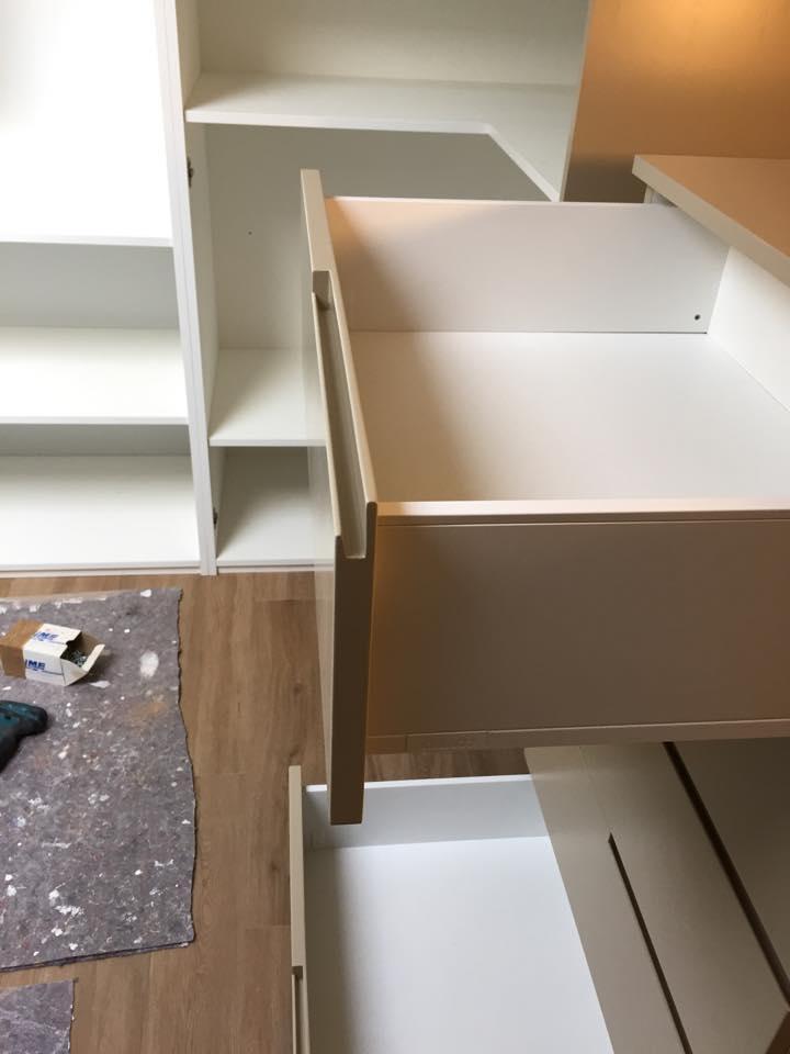 Mobile angolo gola wood design milano for Wood design milano