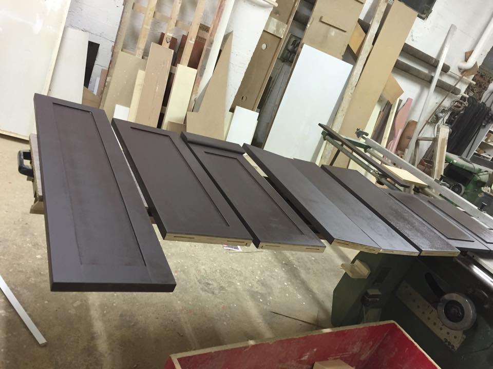 Shabby chic credenza e libreria wood design milano for Wood design milano